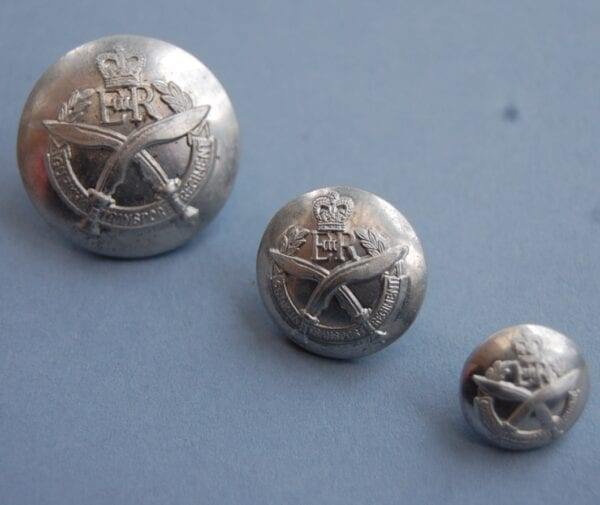 silver coloured buttons with Gurkha transport regiment crest