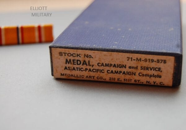 medal box showing the label